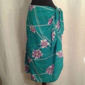 Hilo Hattie's wrap sarong maxi skirt